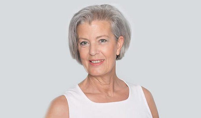 Grey hair styles 1