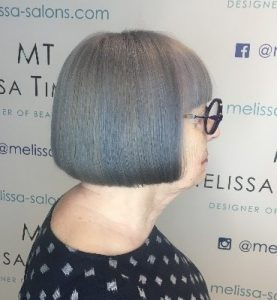 Short hairstyle idea for mature ladies 5